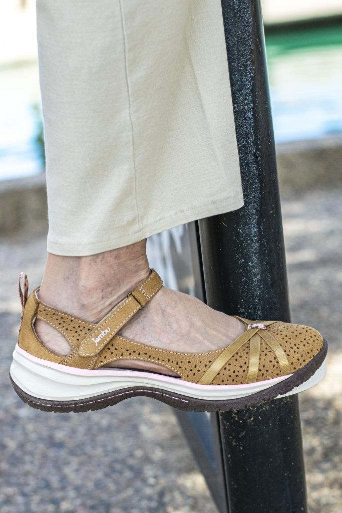 Jambu comfortable everyday shoes