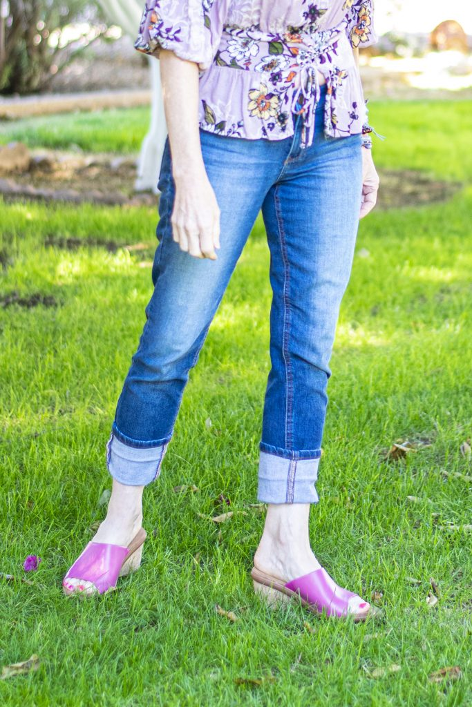 Wearing jeans in the summer by cuffing them