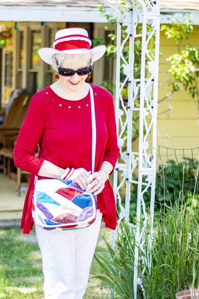 Red and white outfit with summer hat