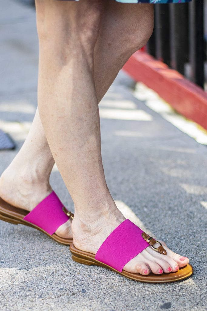 Sandals for comfy travel outfit ideas