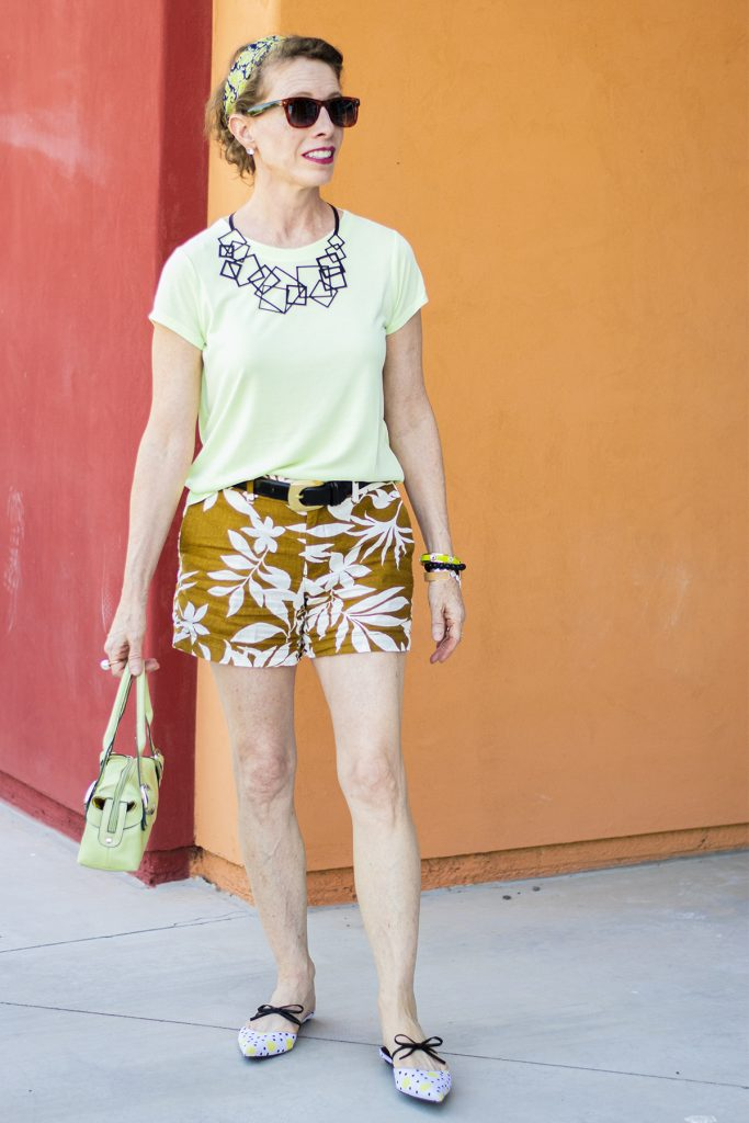 Summer outfit for older women in shorts