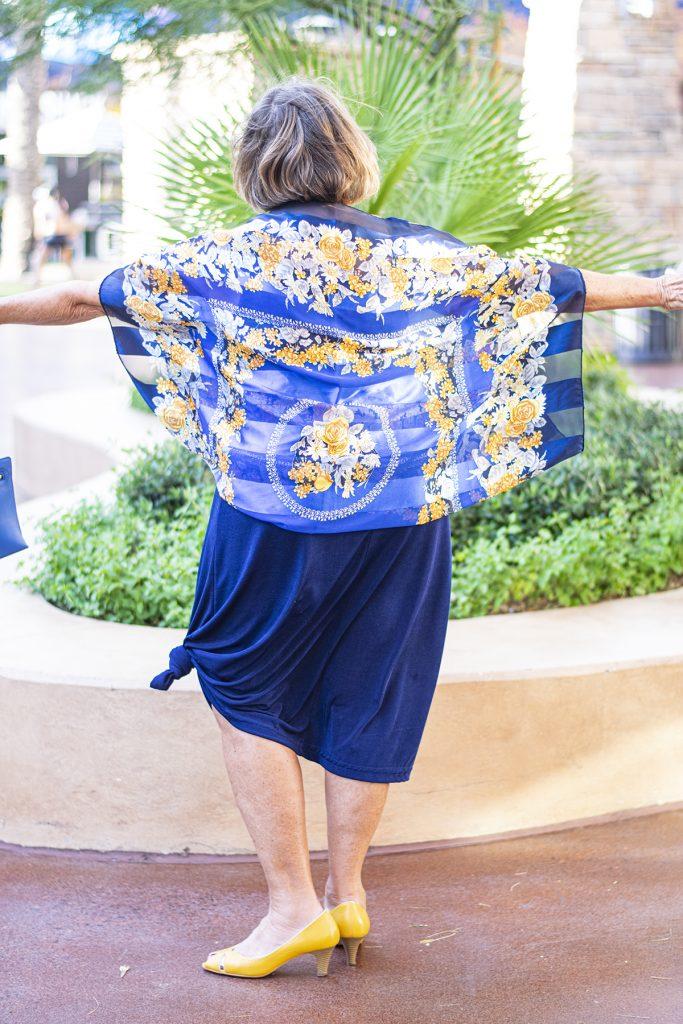 Scarf tied into kimono