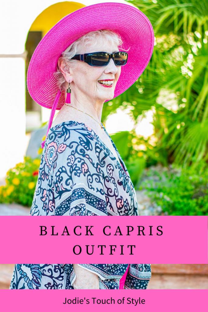 Black capris outfit