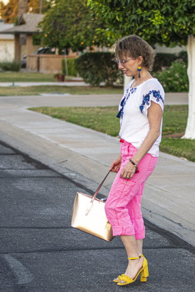 Bright neutral as what to wear with pink pants