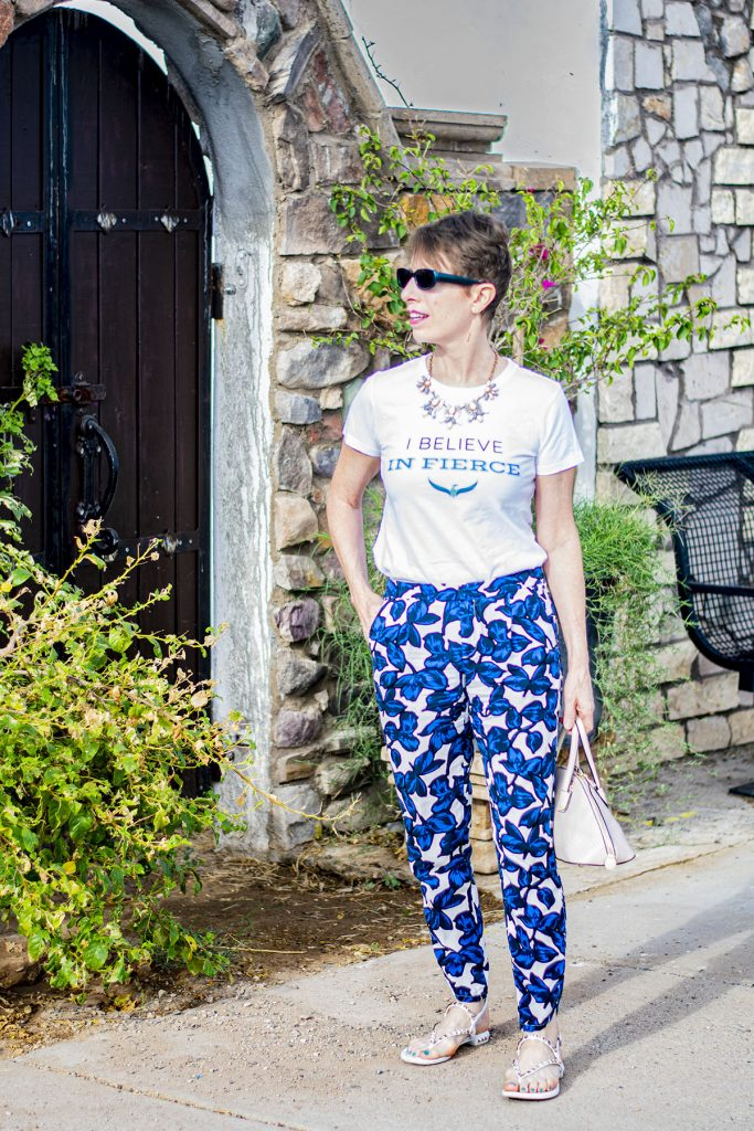Mixing prints in fashion with a graphic tee