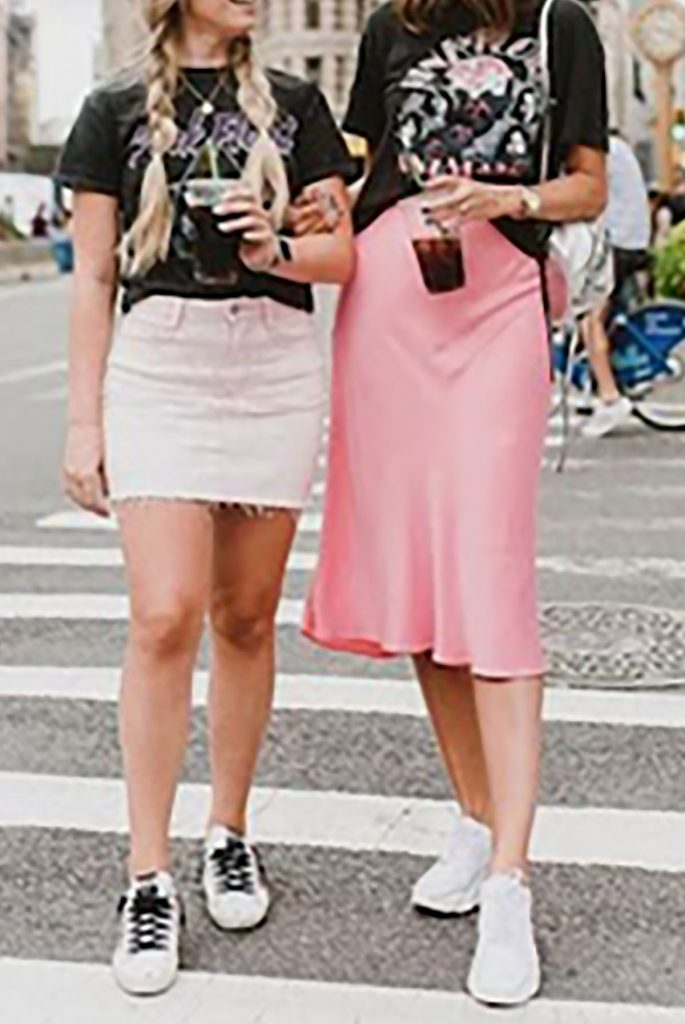 Pink midi skirt ideas