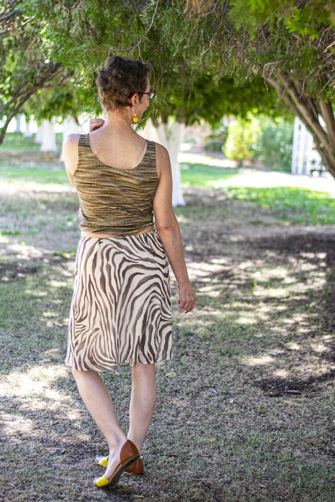 Print mixing with the animal print fashion trend