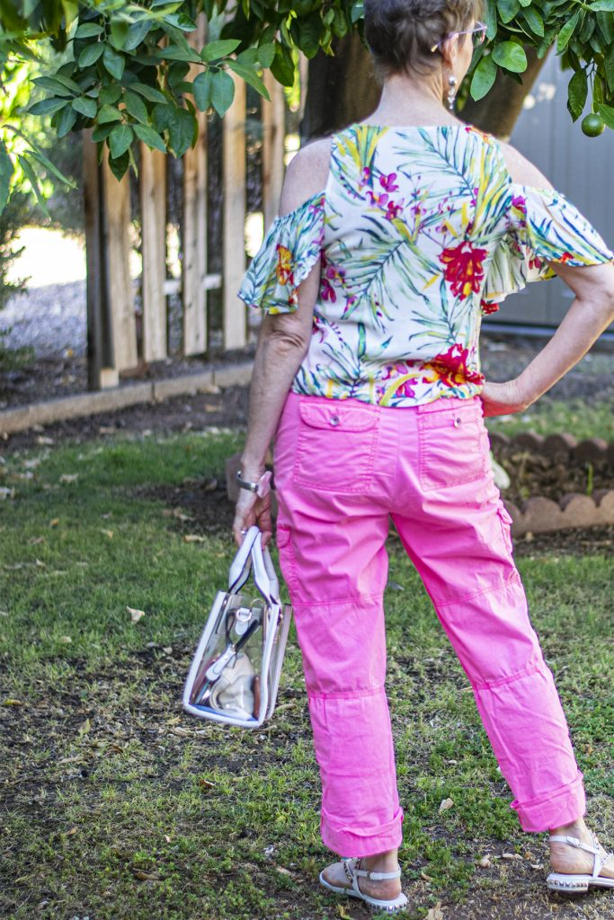 What to wear with neon pink pants
