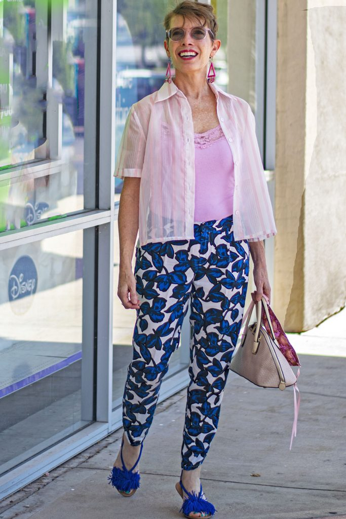 Other colors with mixing prints in fashion