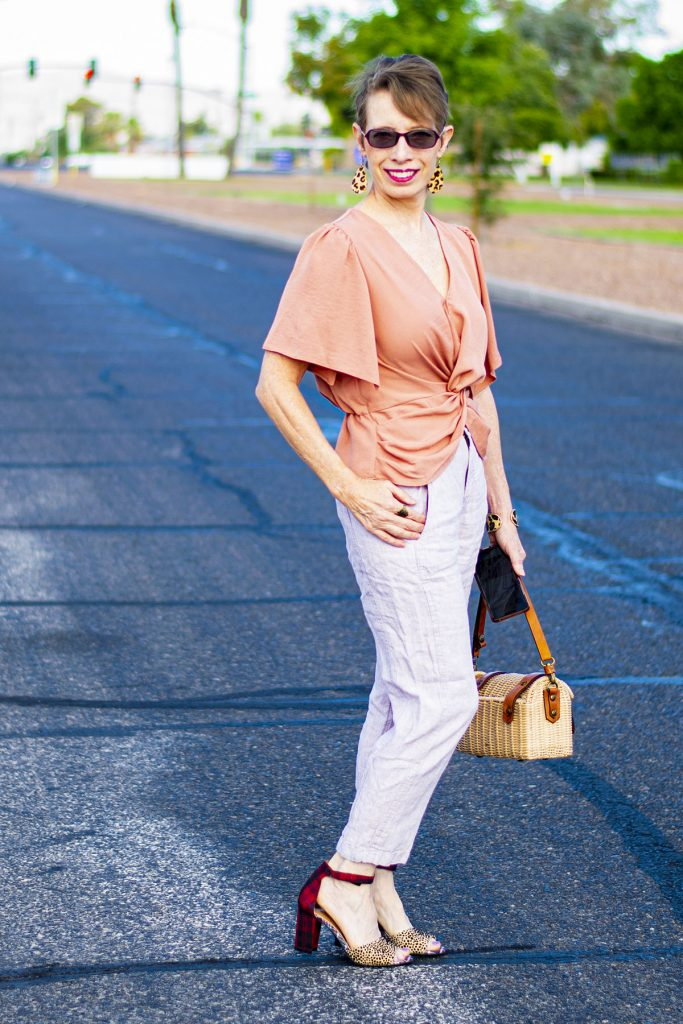 How not to look frumpy with linen pants