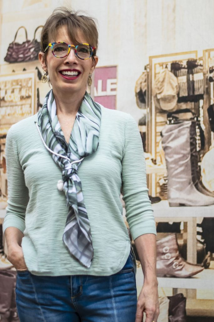 Ways to tie a scarf so it's not bunched around the neck