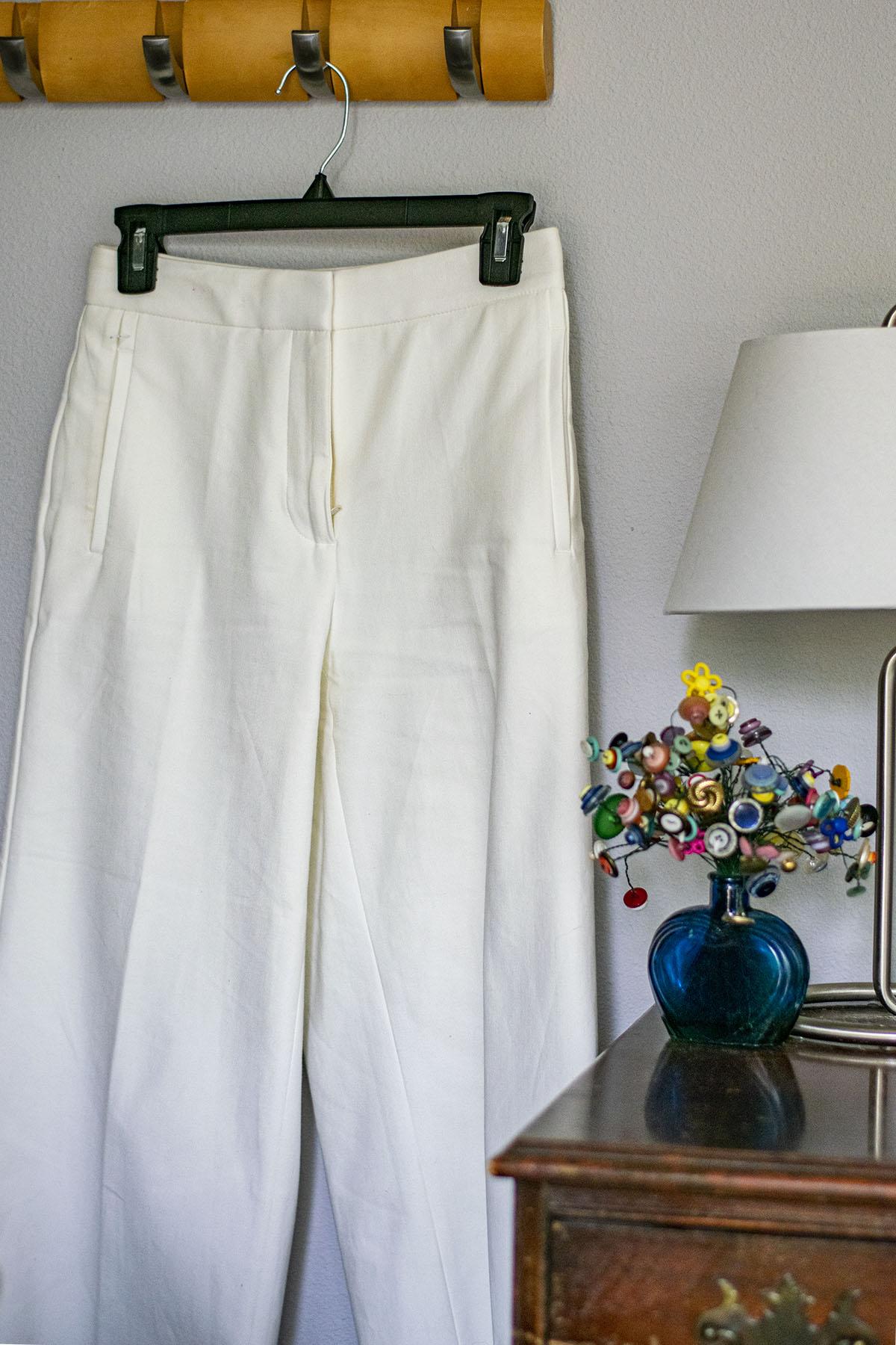 1 Pant- 5 Looks. How to Wear White Wide Leg Pants