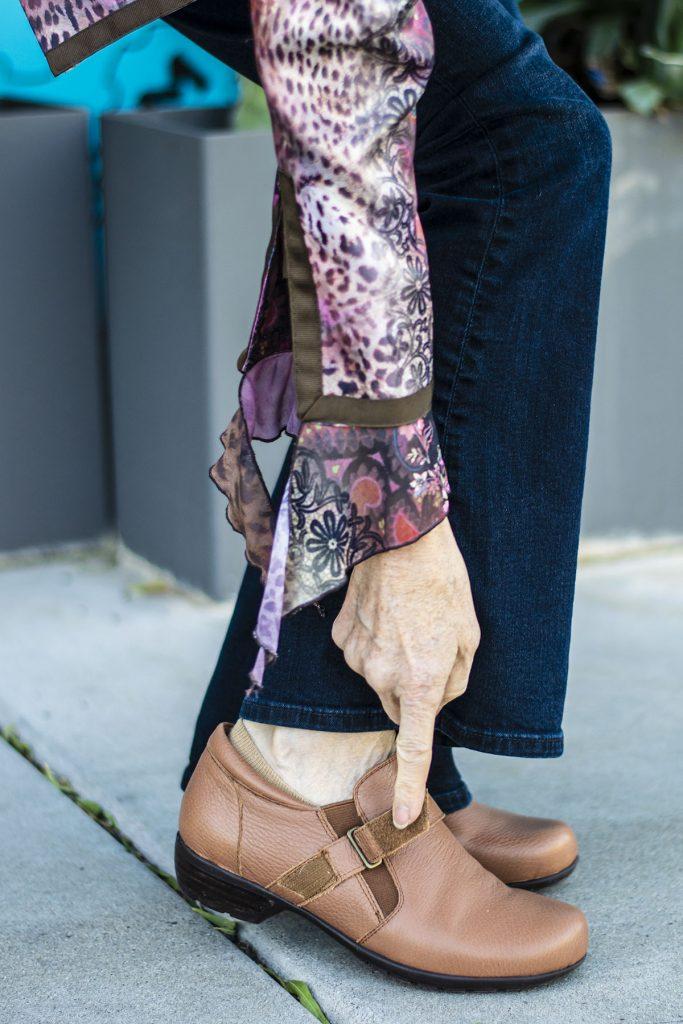 Velcro with Walking Cradles footwear