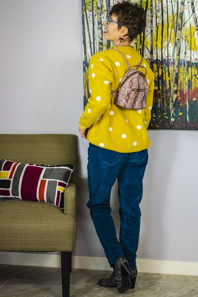 Print mixing with hands free bags