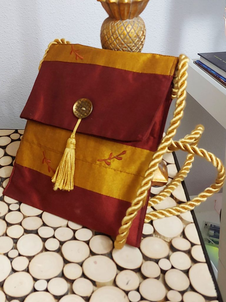 Purse made out of placemat