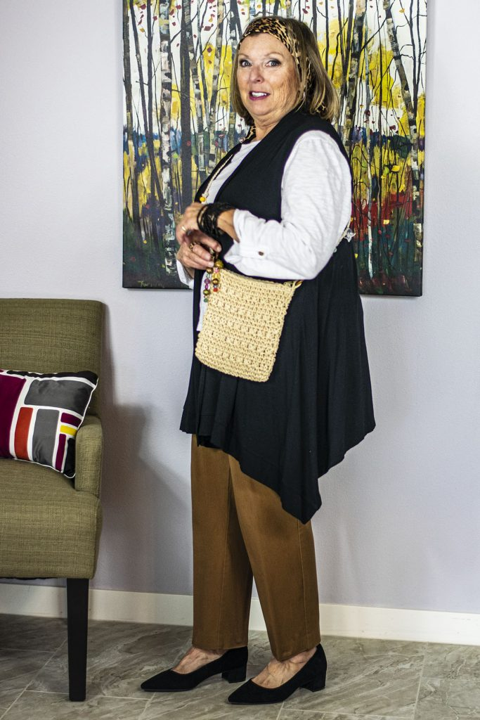 Summer types of purses with a neutral outfit