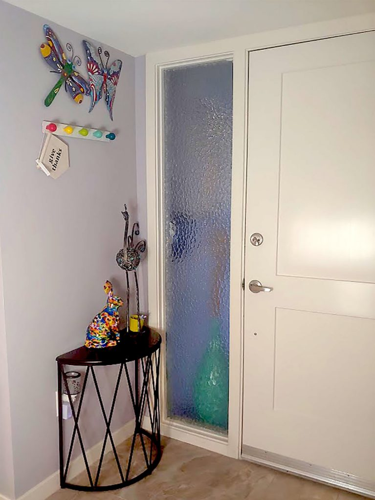 More on how to decorate my entry way