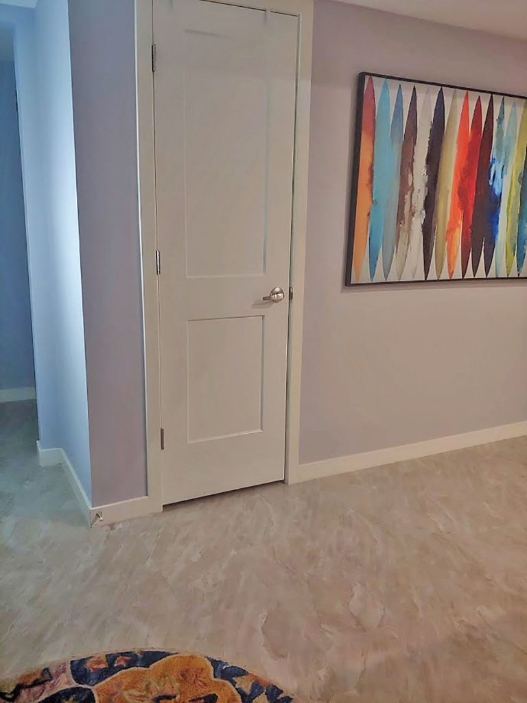 How to decorate my entry way