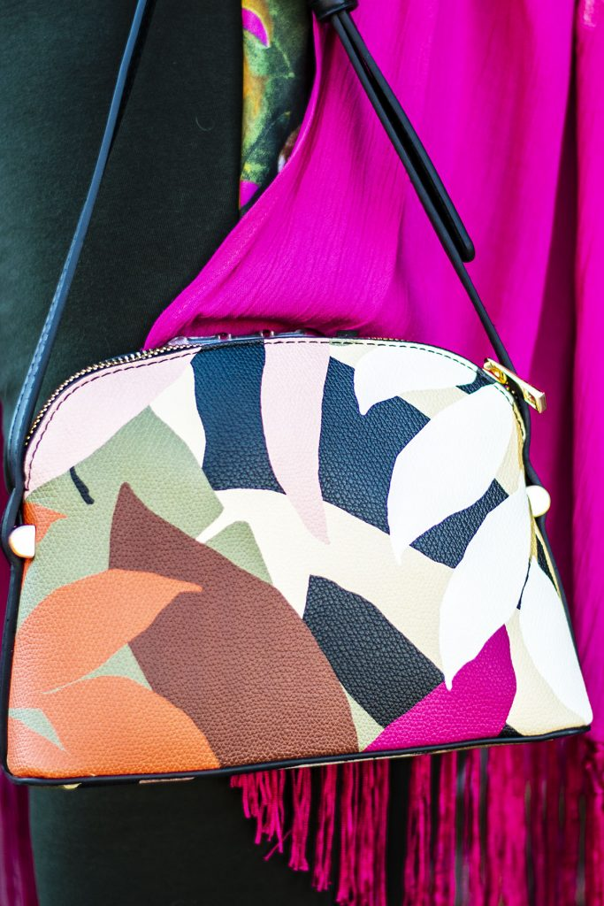Print purse with shades of pink