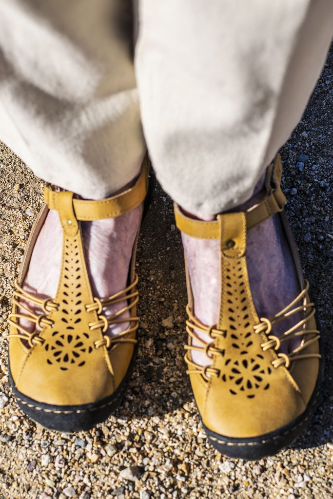 Sahara style as comfy shoes for wide feet