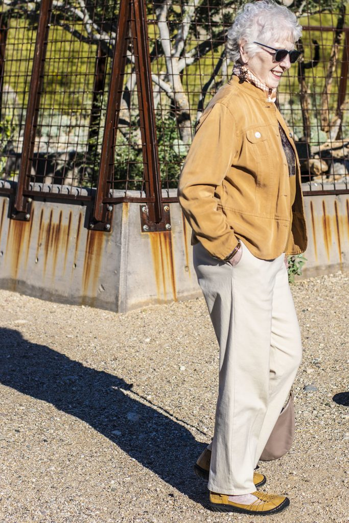 Tan jacket and comfy shoes for wide feet with Jambu