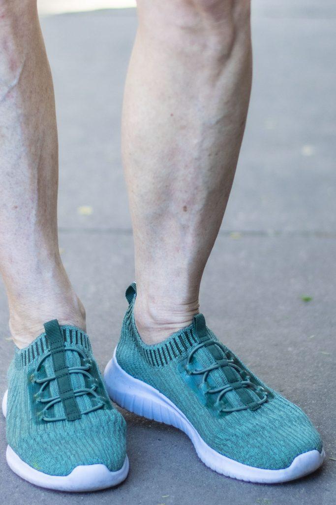 Lightweight sneakers from Tiosebon
