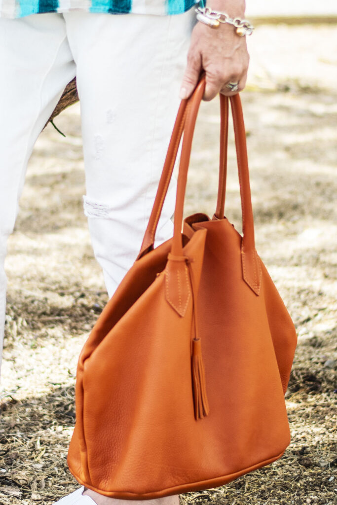 Orange purse with a spring look