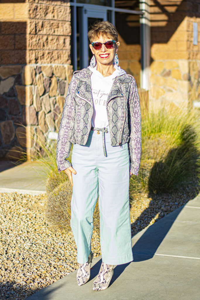 Snakeskin jacket and cropped pants