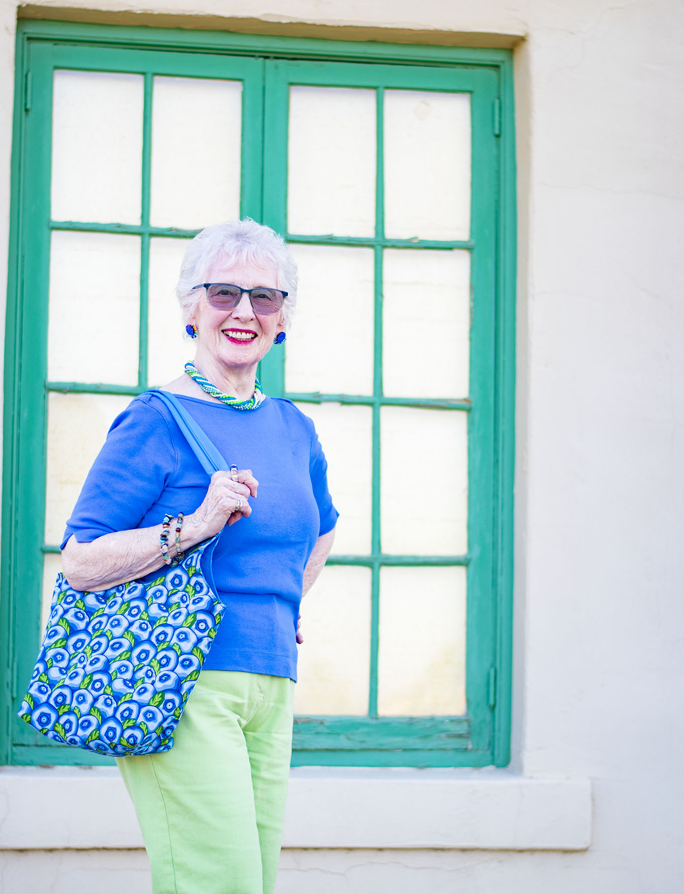 Colorful Summer Style: Tote Bag Ideas for a Casual Day