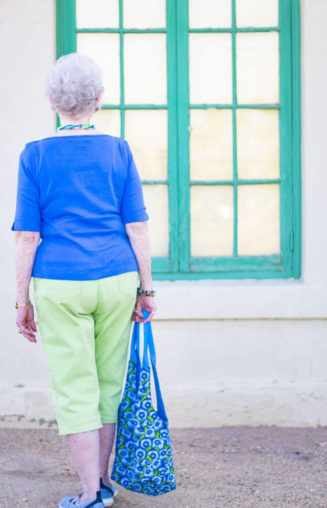 Green capris for older women