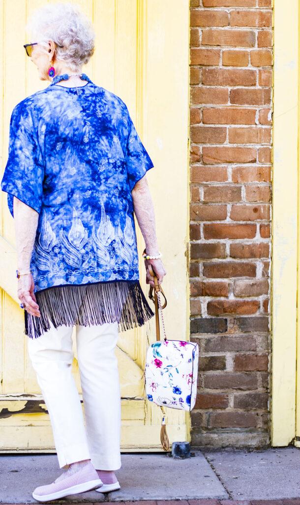 Tie dye trend: how to tie a kimono
