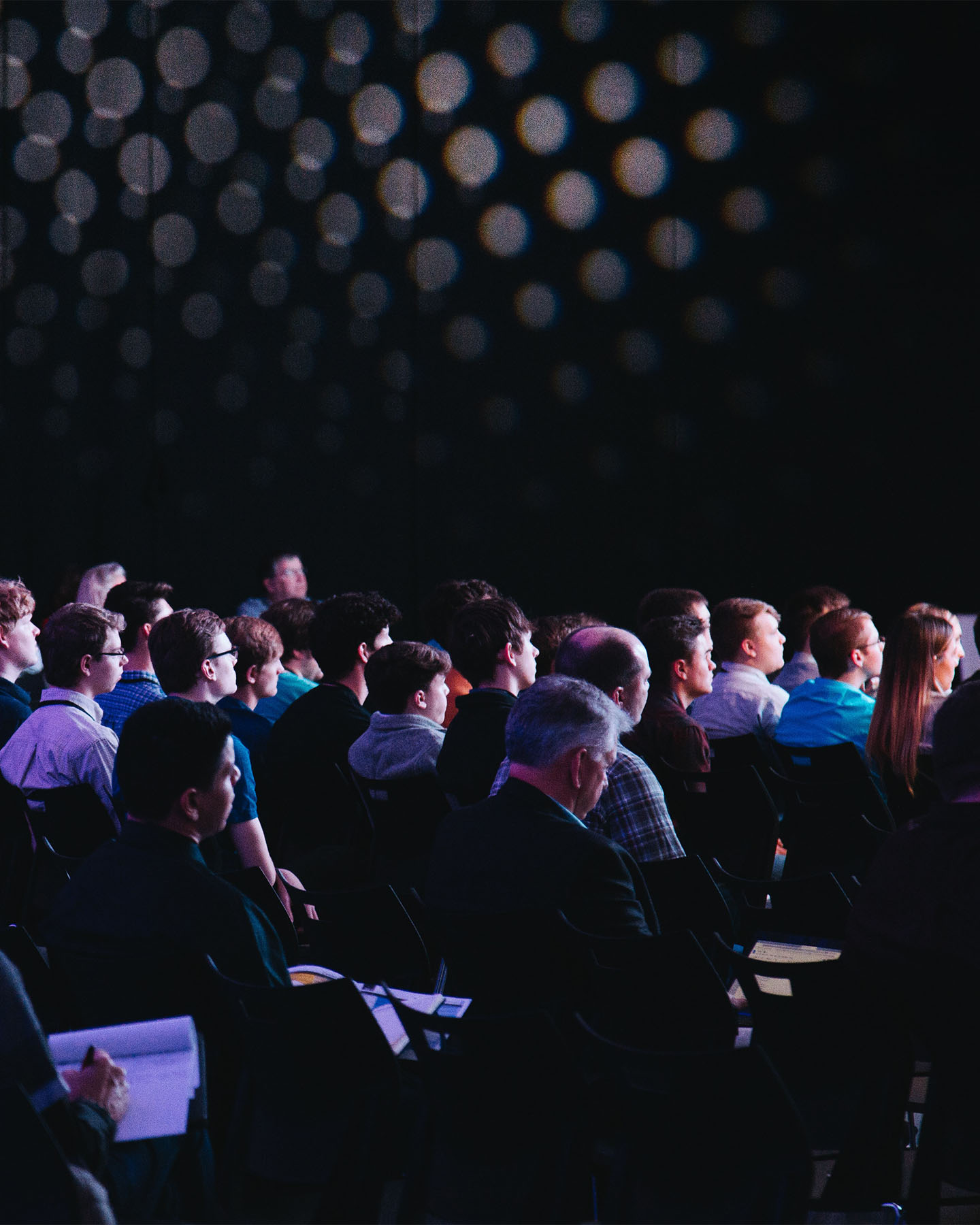 10 Tips on How to Survive a Conference as an Introvert