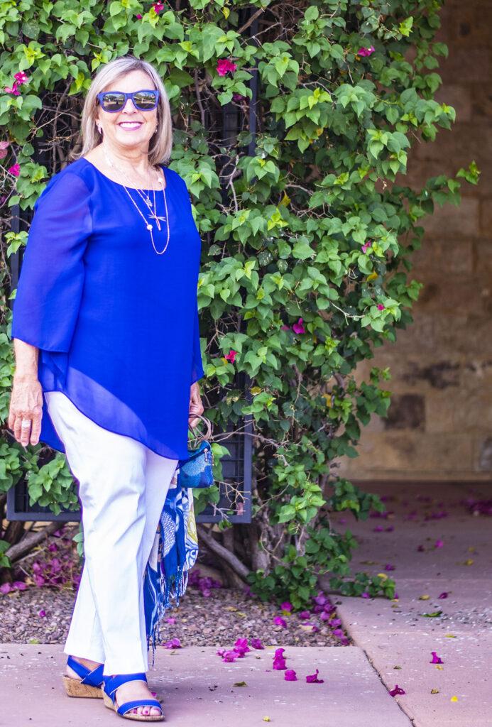Women style: School reunion outfit ideas