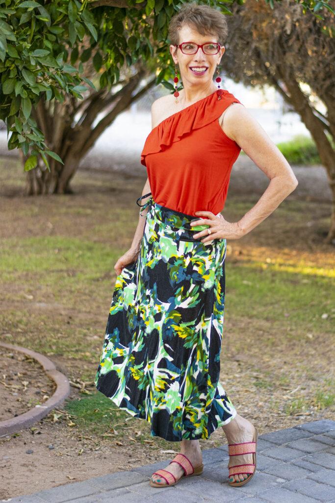 Versatile ways to wear your maxi skirt in summer