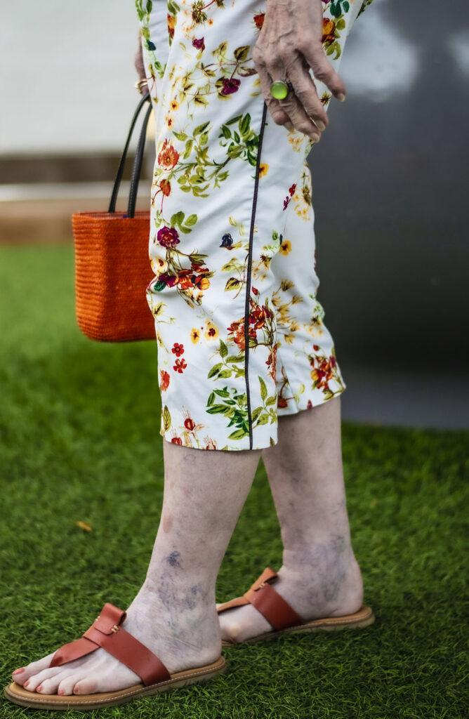 Floral capris style