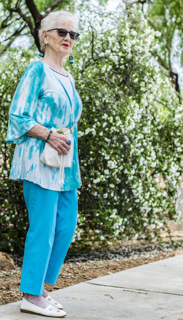 Summer indoor activities outfit for older women