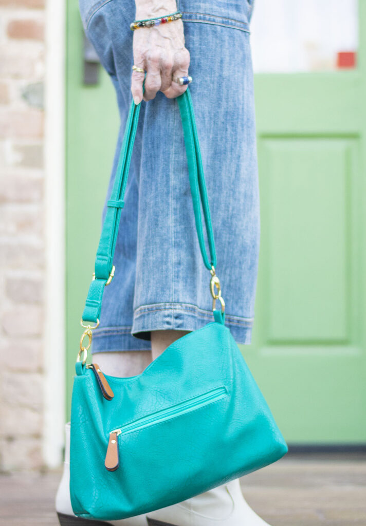 Green purse to add color to an outfit