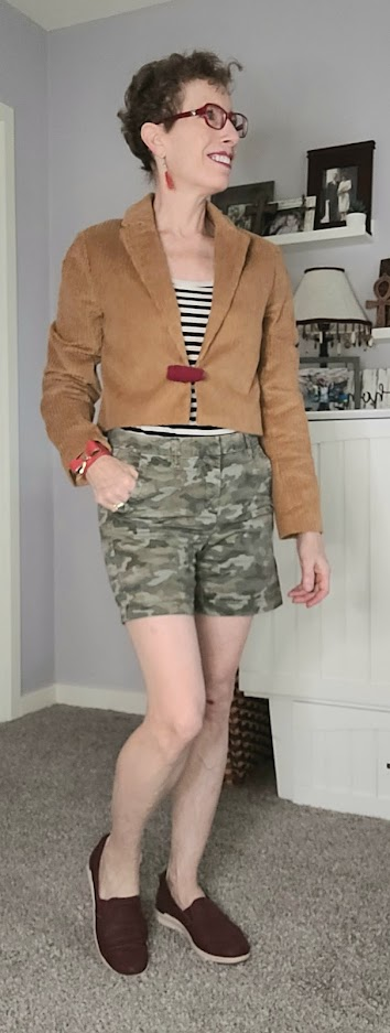 Daily outfits with camo shorts