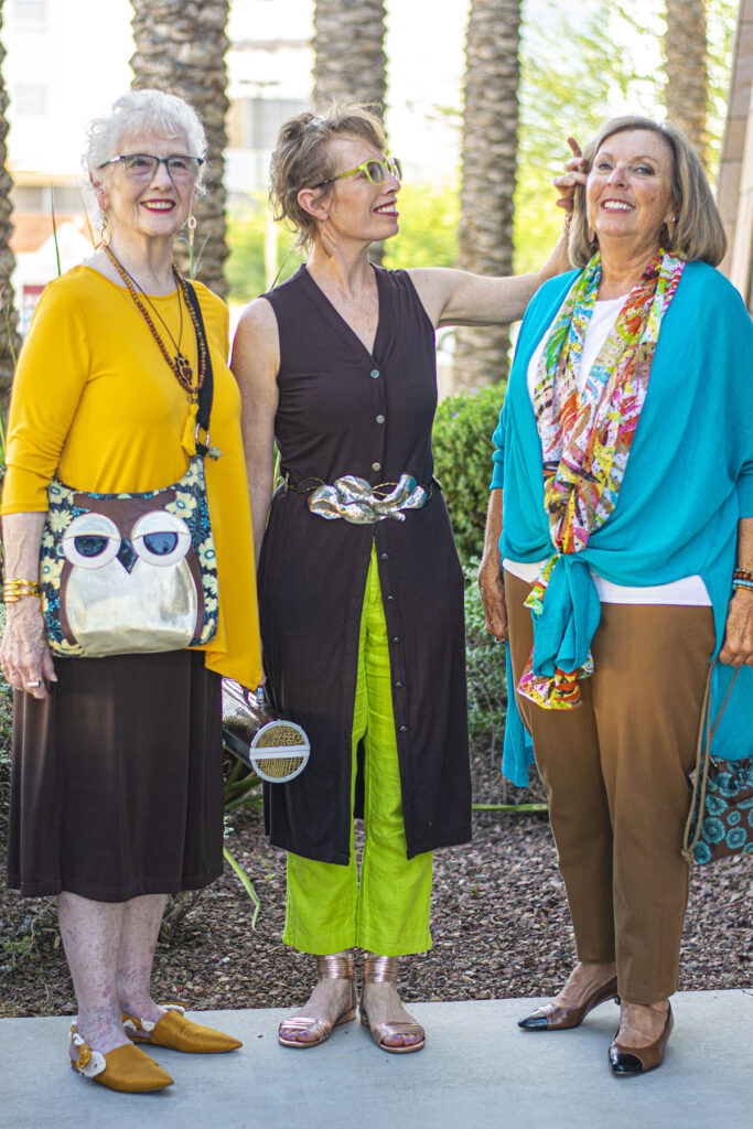 Colors to wear with brown to lighten up a fall look