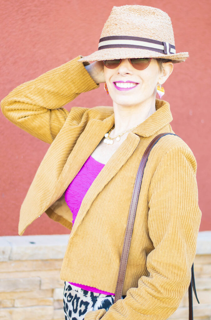 Hat style with cropped jacket